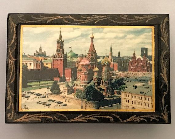 Russian Lacquer Box, 1960's Moscow Scene - Kremlin, Red Square - Very Unique