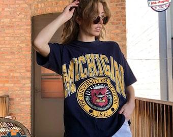 Vintage 1990 University Of Michigan Varsity T-Shirt, Michigan Wolverines Shirt, NCAA Football Shirt, Unisex Shirt, Vintage Shirt, Fan Shirt