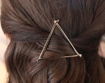 Silver / Gold Triangle Geometric Hair clip, Minimalist Hair Accessory, Beautiful Hair Stylish Hair Clip