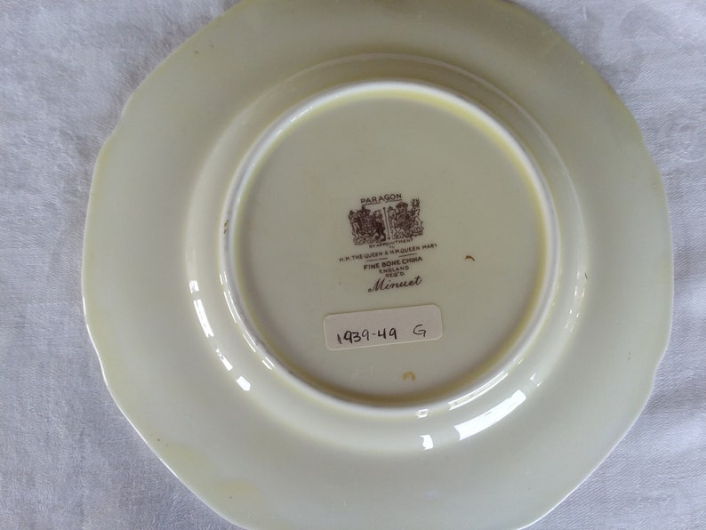 Vintage Paragon Minuet Fine Bone China Bread /& Butter Plate
