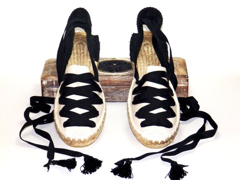 dd346d93b58 Lace up low wedge espadrilles  Black and beige Spanish