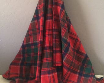 Beautiful Vintage Wool Plaid Fringed Blanket