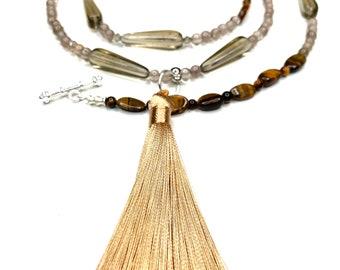 Begging necklace, necklace with pendant, malastyle, necklace, tassel necklace, business, elegant, classic, gift, unique piece, unique