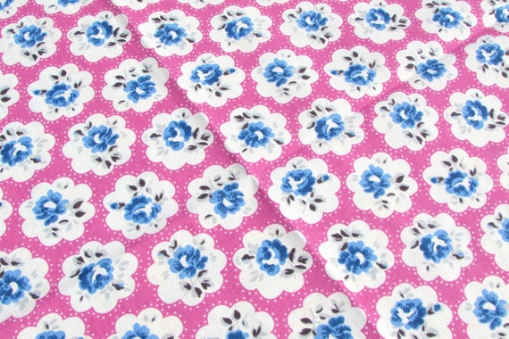 cotton fabric quilting sewing pink white flowers size 50cms x 50cm