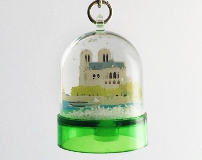 Notre Dame de Paris snowball key ring