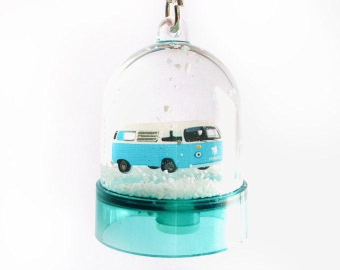 Snowball keyring van