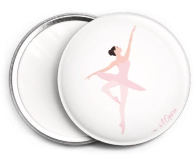 Mirror, the doouch ballerina