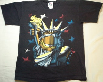 Vintage Garfield as The Statue of Liberty July 4th 1776 Patriotic T Shirt