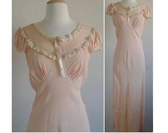 3957ca710497 Soft Touch 1930s Silk Crepe Slip | Vintage 30s Dusty Blush Silk Crepe  Neligee Slip Dress
