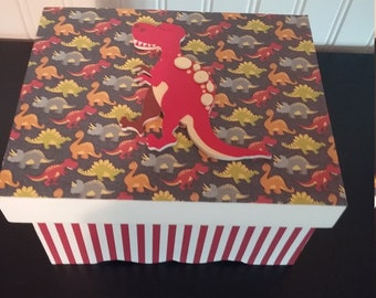 Dinosaur (Jewelry/storage)  Box