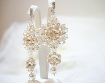 Bridal beaded pearls earrings•Wedding earrings•Bridal jewelry•Wedding jewelry•Beaded crystals earrings•White pearls earrings•Wedding jewelry