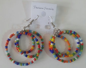 maasai earrings / beaded earrings . colourful earrings