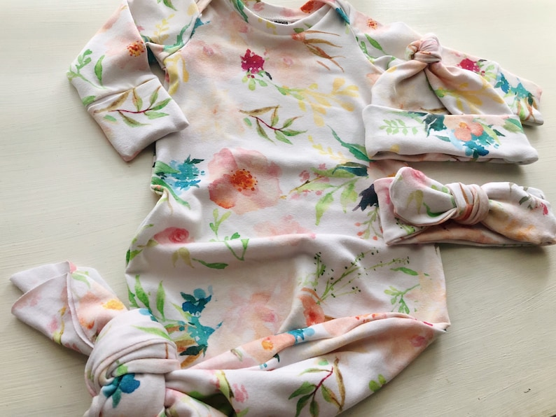 bow knot peach floral sleeper flowers girl layette sleeve mittens Baby gown and knot head band or hat outfit tie gift set baby girl