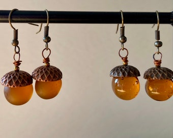 Unique fall jewelry Oak acorn earrings Earthy autumn colours Small dangle earrings Womans birthday gift For mother nature lover Rustic style
