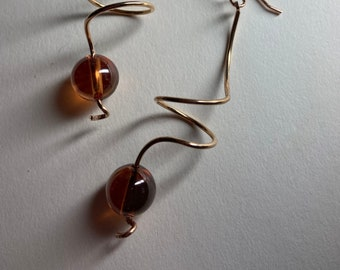 Amber cubic zirconia earrings CZ birthstone jewelry Spiral twists for woman Curly dangle drops Minimalist earrings Corkscrew ribbons