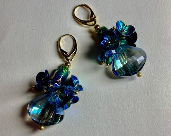 Crystal earrings Navy blue green gold Dark blue drops Flower teardrop earrings Elegant vintage style jewelry For womans September birthday