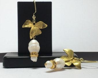 Flower jewelry Small pearl earrings Bracelet option Womans dainty drop earrings June birthstone Gemini Cancer birthday Gift for bride mother