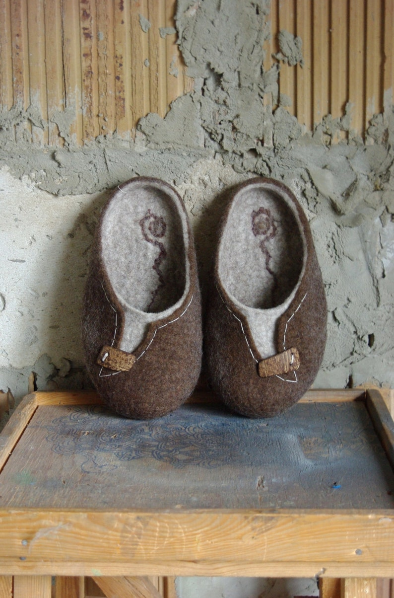 dfe99c2088970 Felted slippers for man with handmade coconut buttons, big sizes,  Personalized, wool shoes, felt, flat, custom shoes, slippers, felting
