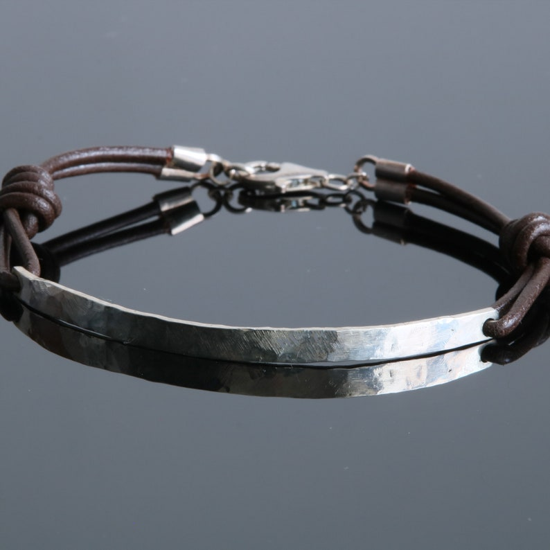 Silver bracelet 925 and leather Handcrafted men/'s bracelet Hammered bracelet Men/'s bracelet with silver bracelet bar and leather