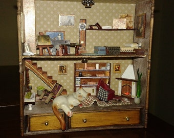 "Miniatures Roombox Dolls House ""intrusive kitten"""