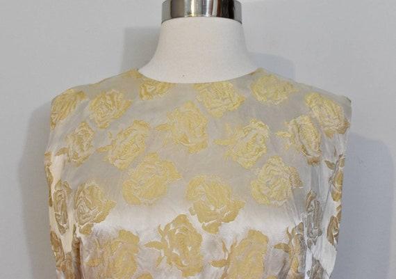 Gold Jacquard 50s Rose Print Wiggle Dress and Jac… - image 10