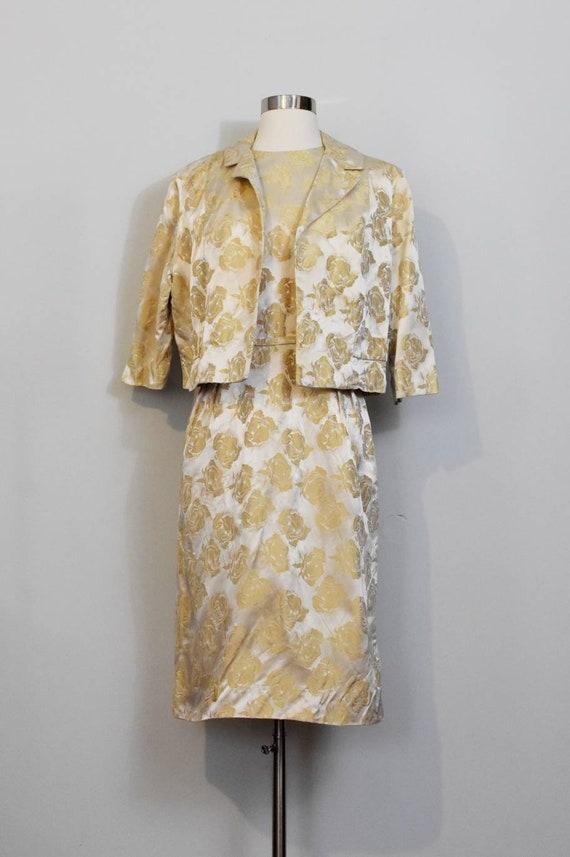 Gold Jacquard 50s Rose Print Wiggle Dress and Jac… - image 5