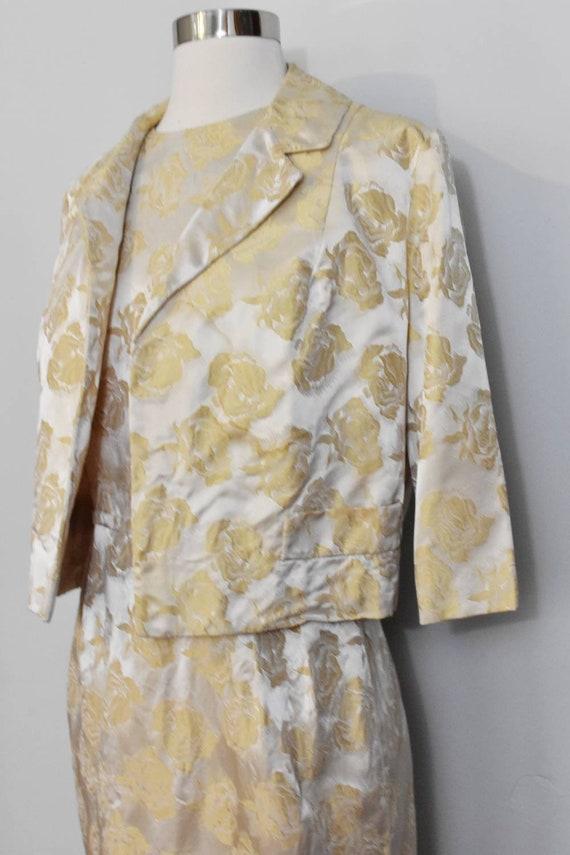 Gold Jacquard 50s Rose Print Wiggle Dress and Jac… - image 7