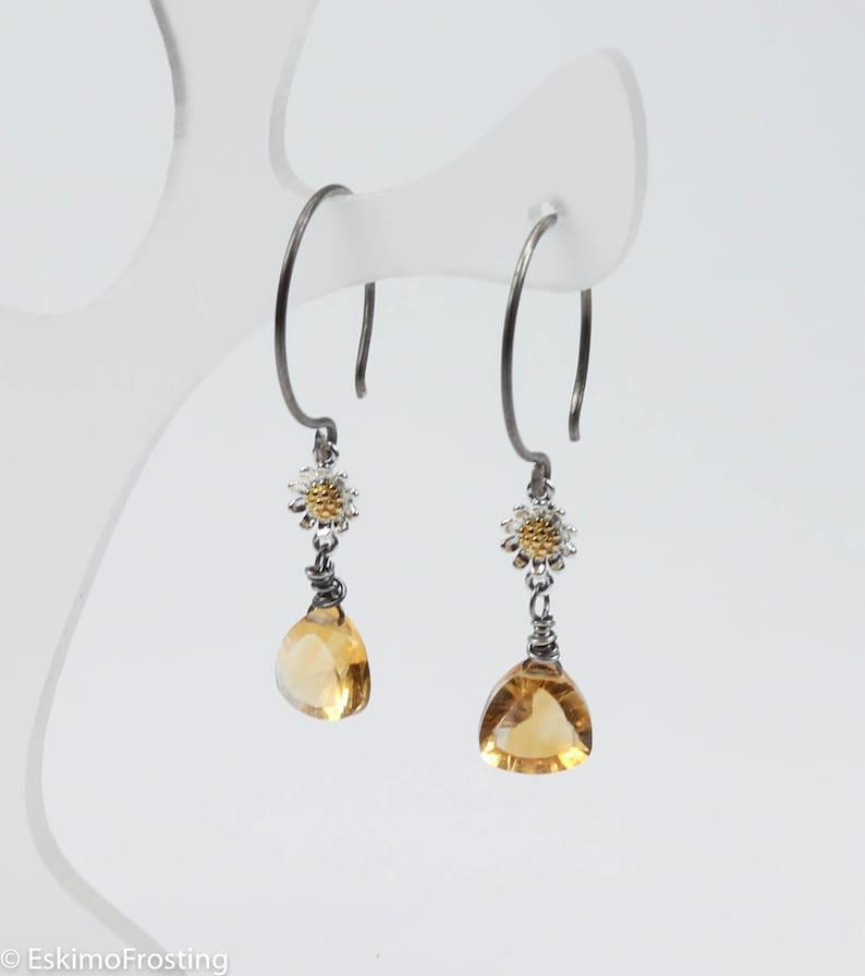 Citrine flower earrings in sterling silver  November image 0