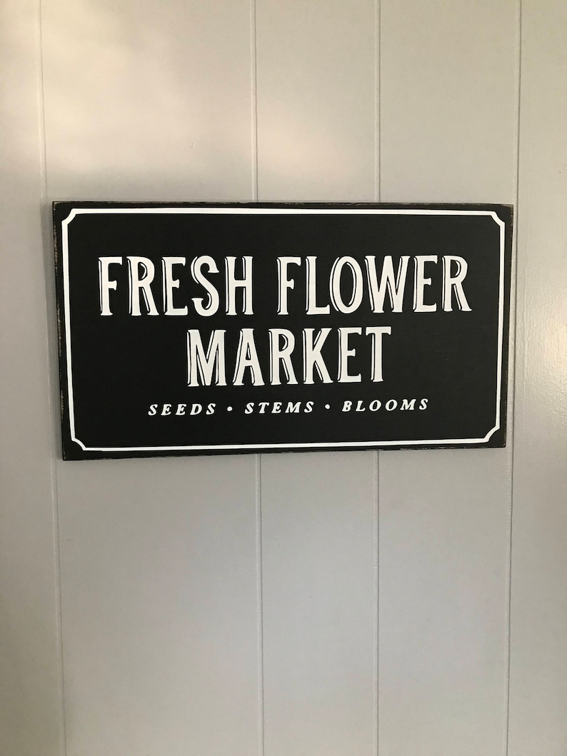 Fresh Flower market sign in black and white.