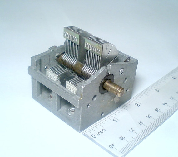 Vintage Russian Air Variable Capacitor 2x(9-365pF) HAM RADIO