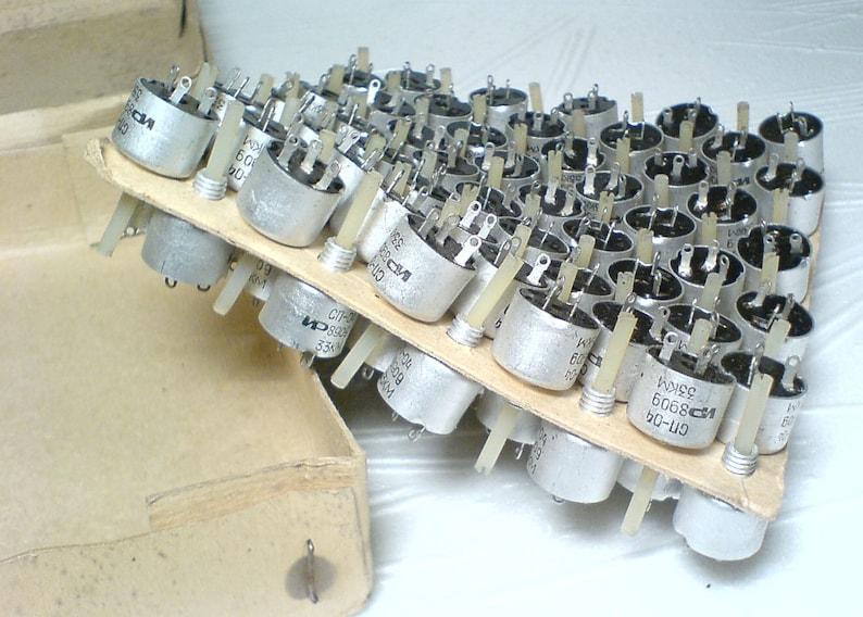 Lot of 100 vintage russian carbon potentiometers 33KOhm trimming resistor Original packing