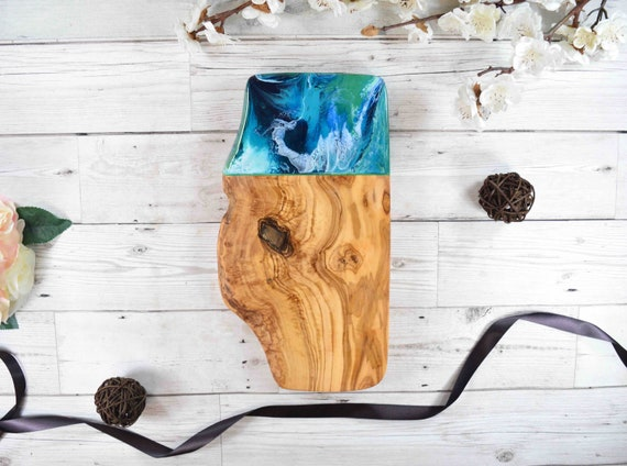 SALE - Imperfect Board - Rustic Olive Wood Cutting Board 30cm   Board Does Not Sit Flat