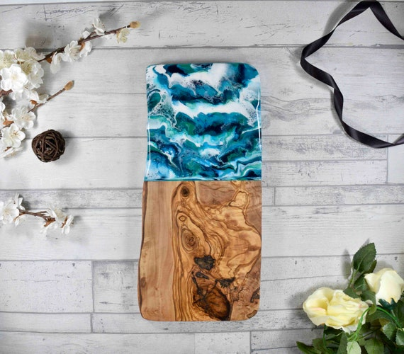 Large Olive Wood Cheese Board 40cm | SALE - Imperfect Board - Does Not Sit Flat