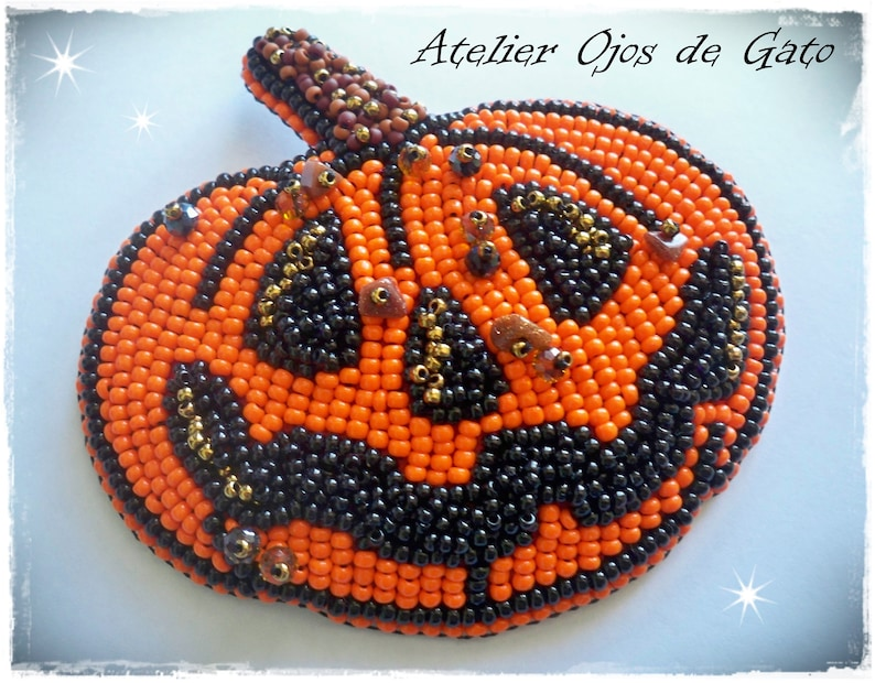 Pumpkin Brooch-Bead Embroidery