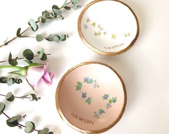 Floral Zodiac Jewelry Dish / Floral Constellation Jewelry Dish / Personalized Jewelry Dish / Personalized Ring Dish / Gifts for Her