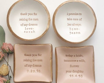 Mother of the Bride Gift / Mother of the Groom Gift / Personalized Ring Dish / Gift for Mom / Jewelry Dish / Personalized / Wedding Gift