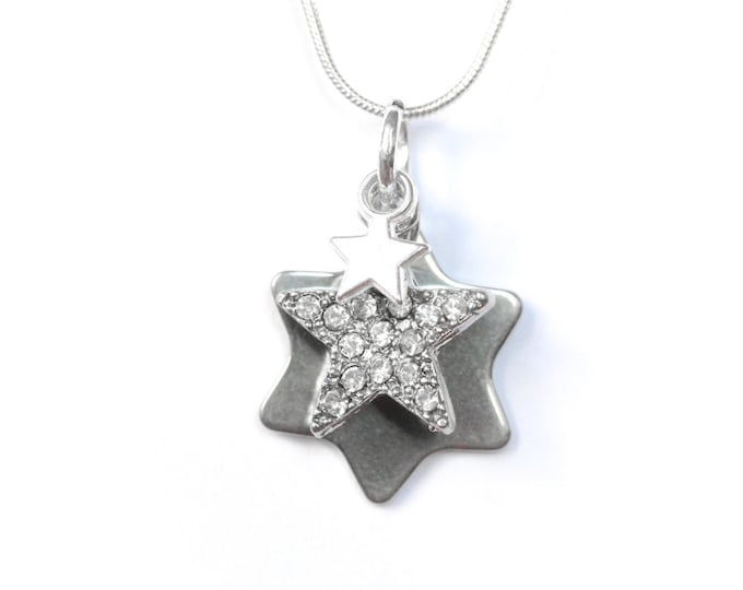 Necklace with a 50 cm silver snake chain and 3 star charms