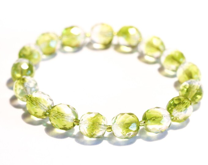 Bracelet with 12 mm transparent and lime faceted beads