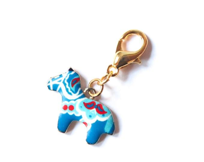 Charm with a Dala horse, enamel, blue
