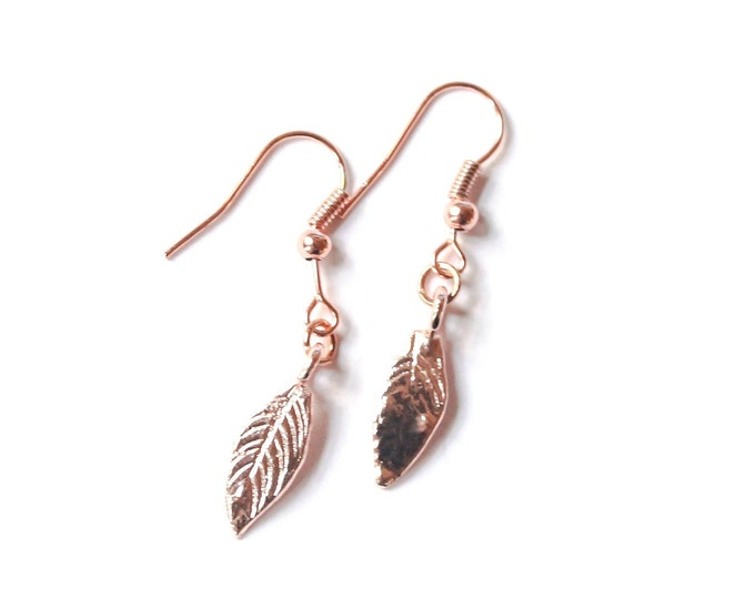 Rose gold plated earrings with leaves