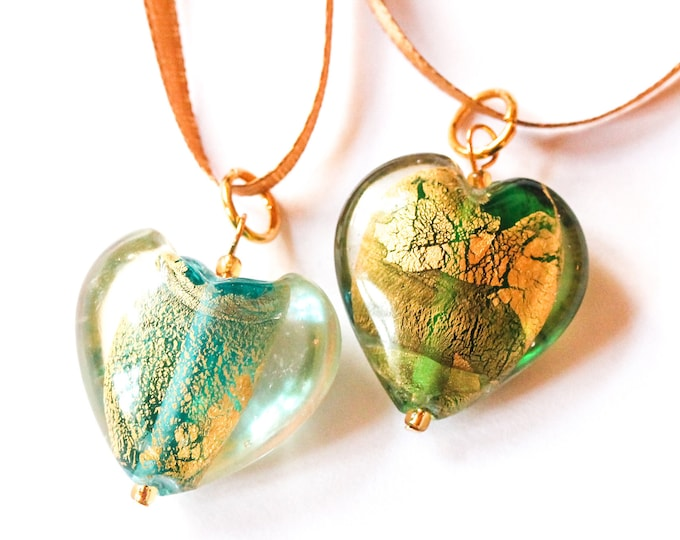 90 cm necklace with a large Murano heart pendant and an satin ribbon, blue or green