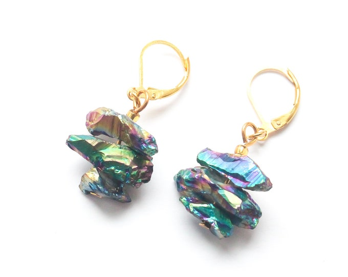 Gold leverbarck earrings with 3 pieces of rainbow quartz