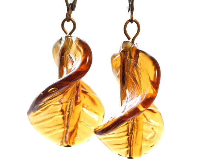 Earrings with brown twisted Murano glass beads