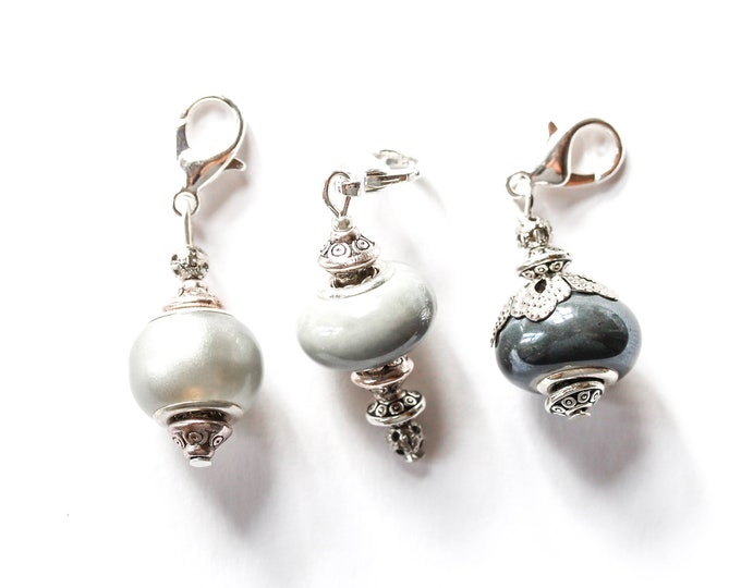 Charm / dog collar charm / pendant, with grey Murano glass charm and silver lobster clasp