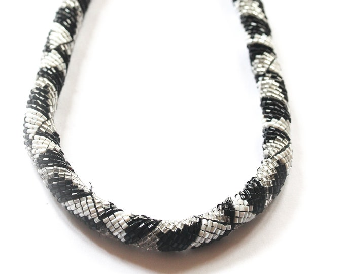 Beaded bib necklace, black and white, vintage