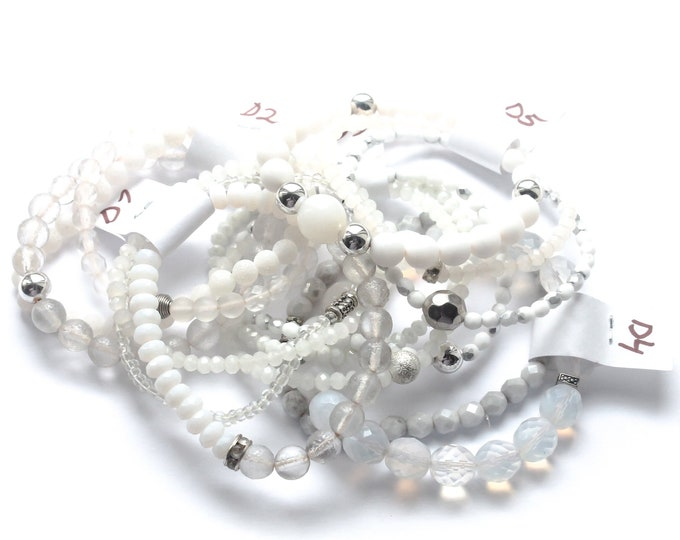 DESTOCK ! Bracelets with Czech glass beads - White, semi-clear, milky, several sizes