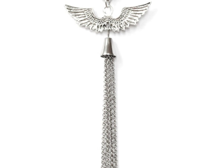 50 cm necklace with silver chain and angel wings and chain tassel as pendants