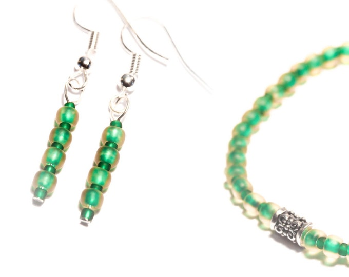 Set bracelet + earrings with frosted Toho beads, green and pale yellow