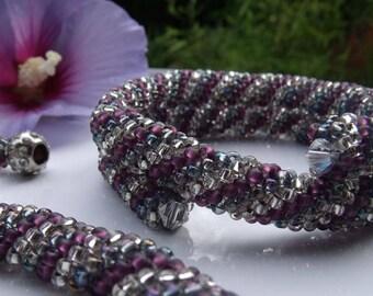 Cellini spiral jewelery set (necklace and bracelet)