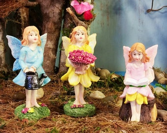 1:12 Scale Set Of 4 Assorted Gnomes Pixies Tumdee Dolls House Garden Fairy Wo